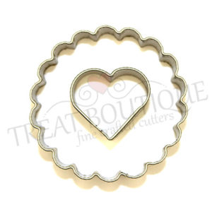 TB Scalloped Circle With